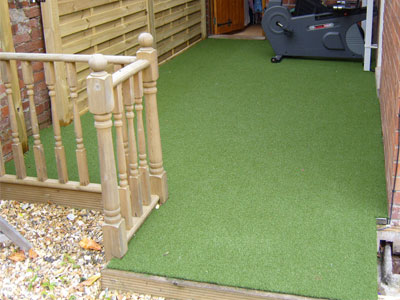 Artificial turf on concrete decking balconies as good for Garden decking with artificial grass