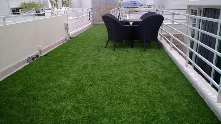 Roof Balcony Grass Gallery