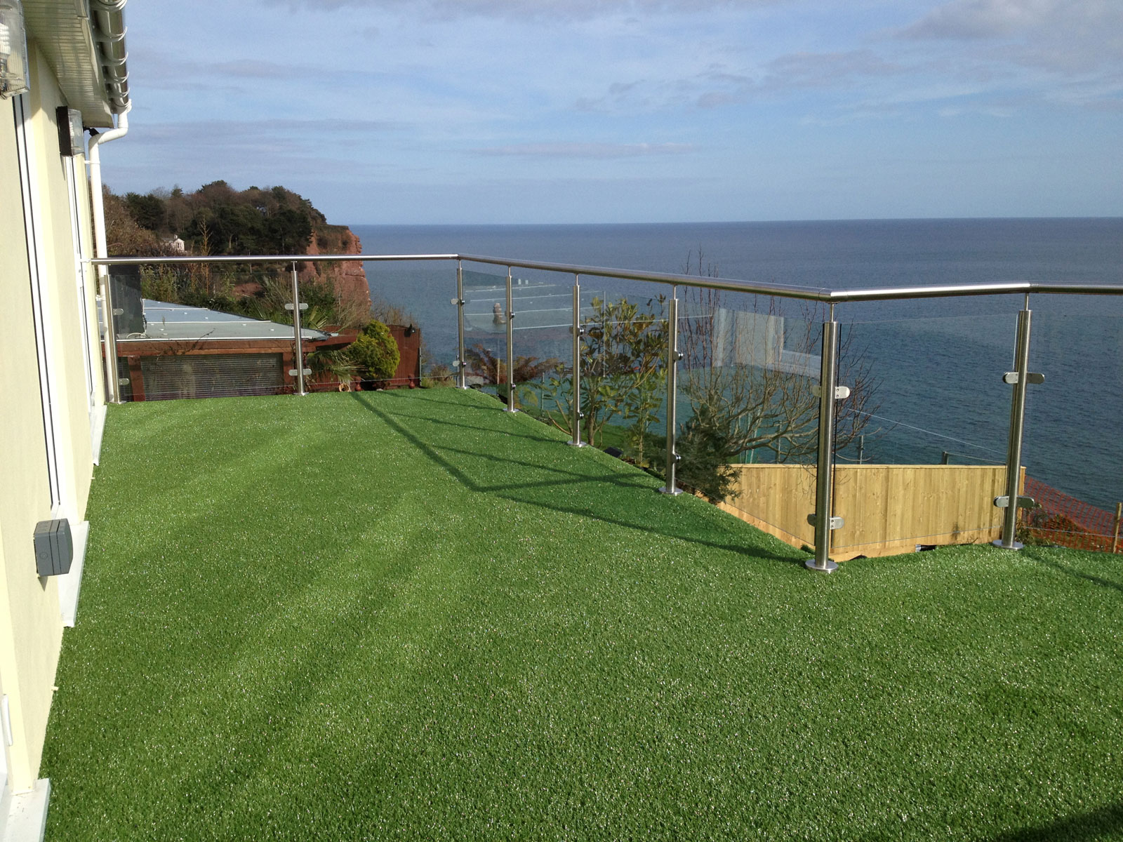 artificial grass for roof balconies